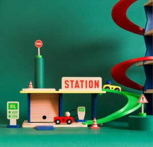 dans la ville wooden petrol station - wholesale wooden toys